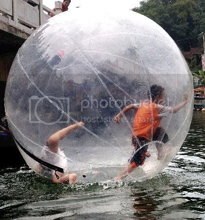 eBay.com.sg: BN Water Walking ball Walk on Water 2 Meters Diameter 